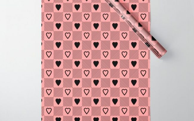 black hearts stripes pink wrapping